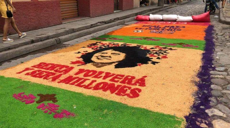 FOTOS: Berta en las alfombras